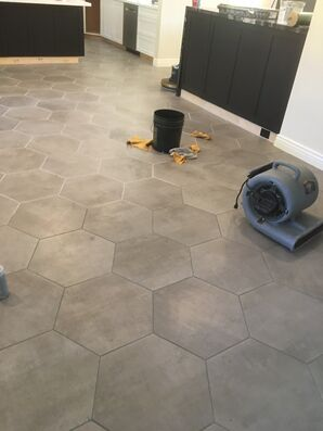 Before & After Grout Staining in Phoenix, AZ (2)