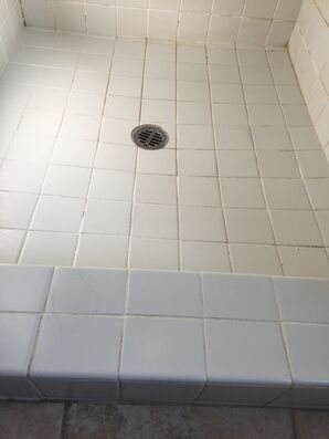 Shower Re-grout in Peoria, AZ (4)